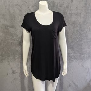 🌻5/15$ WHBM black pocket dolphin hem dress